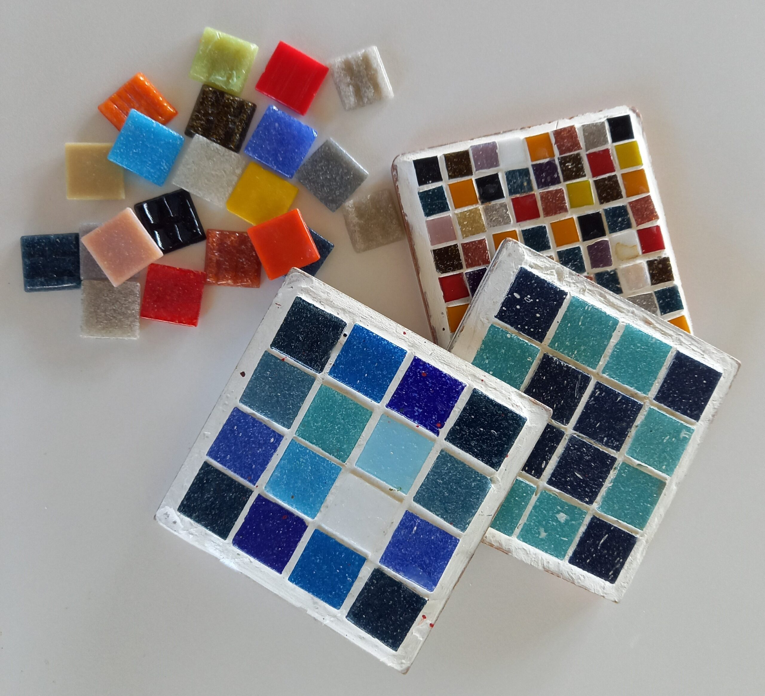 Mosaic Mad...make your own mosaic tile.